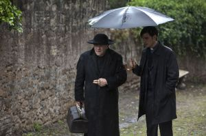Anthony Hopkins and Colin O'Donoghue in The Rite